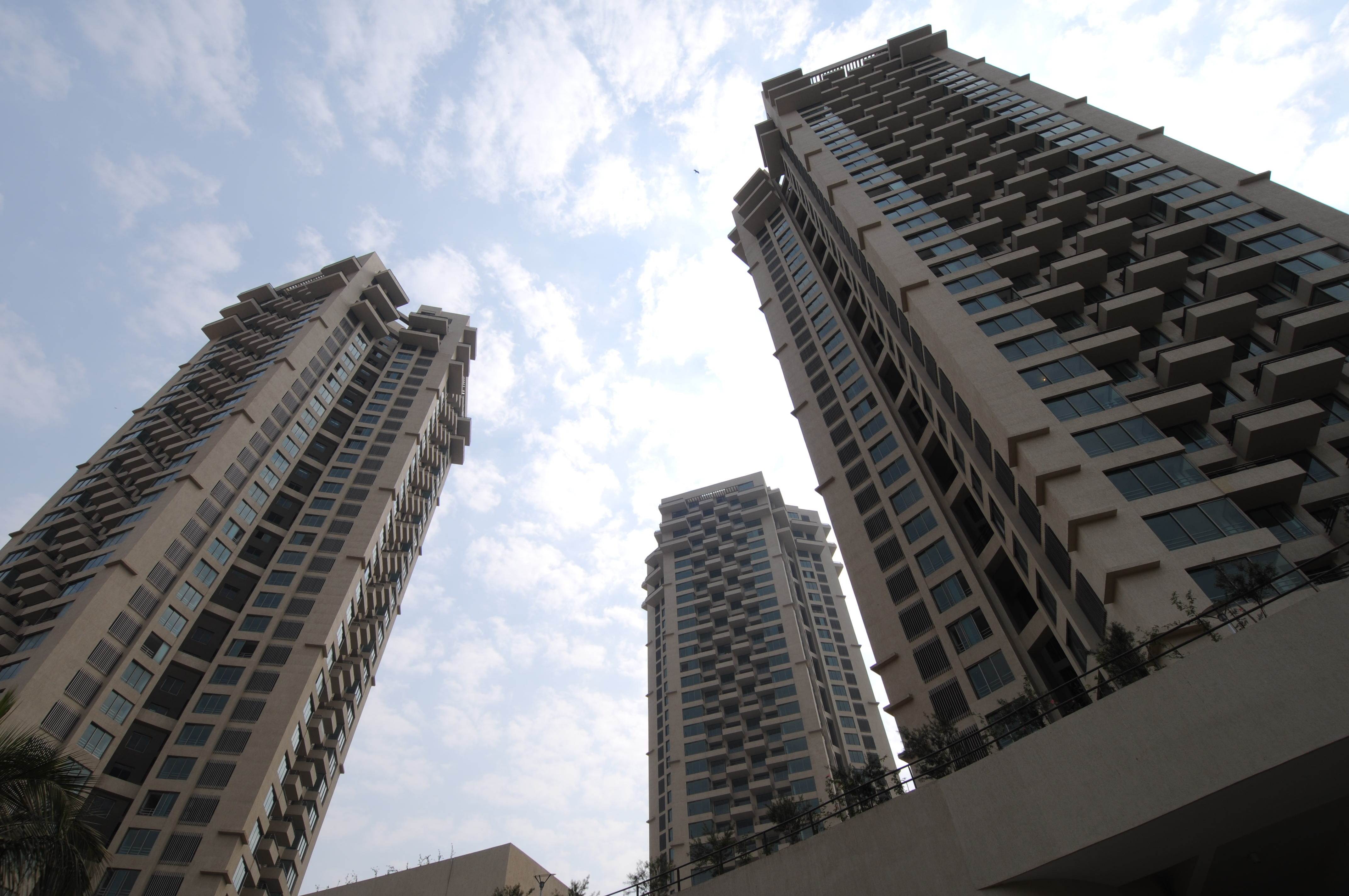 Springs: Luxury Flats: Andheri (W): 2