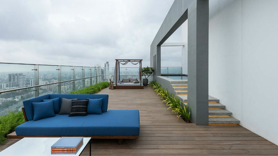 Penthouse Duplex Within Exquisite By Oberoi Realty